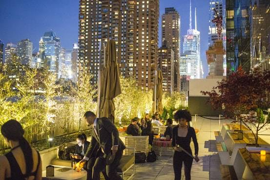 Rooftop Bars Explore New Heights