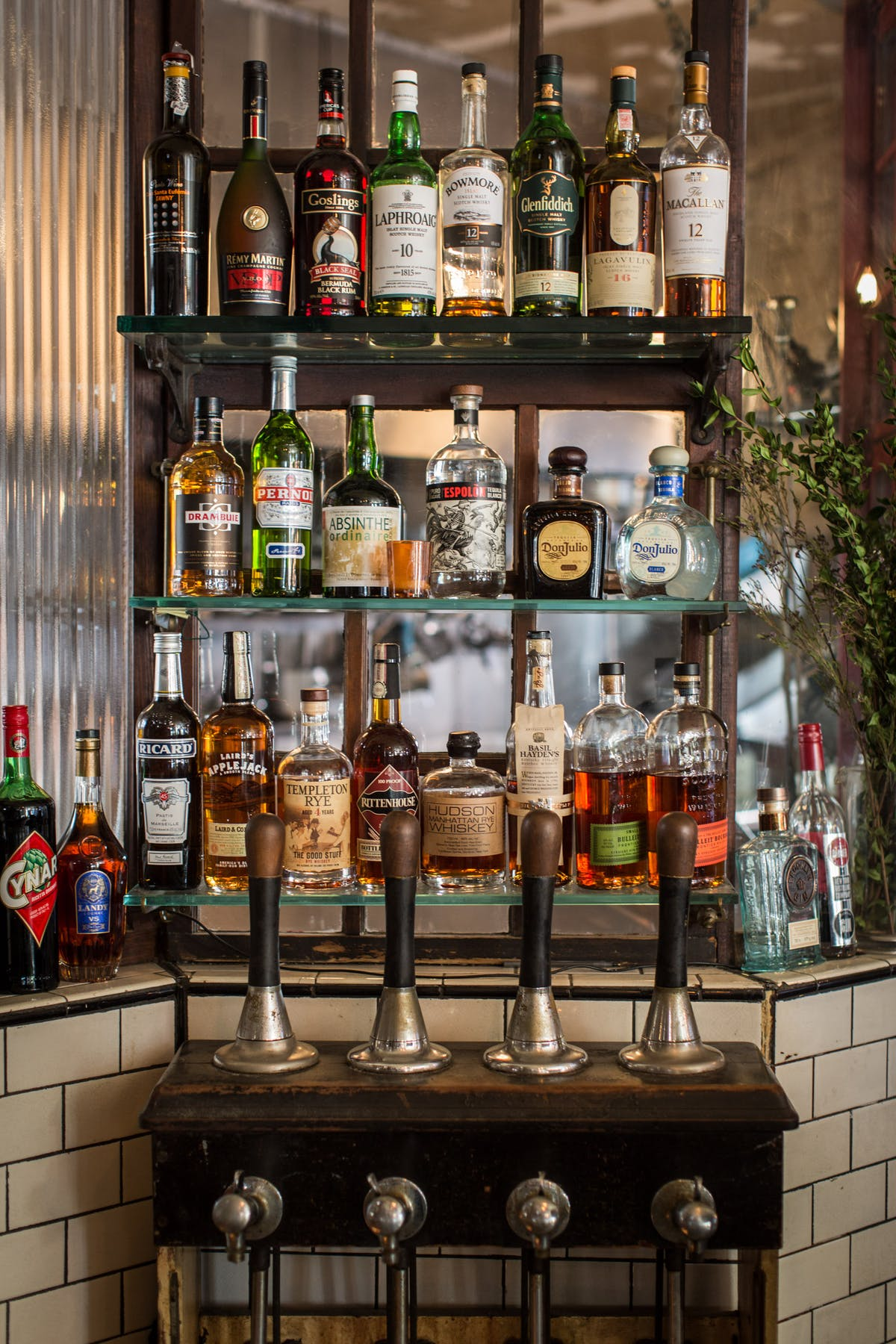 Salt Whisky Bar And Dining Room Bars In London Good