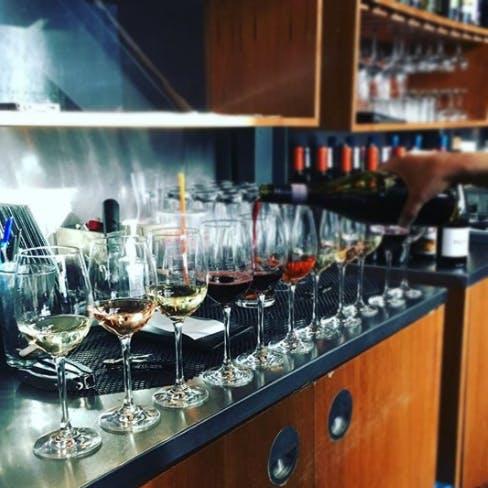 Wine.Social.
