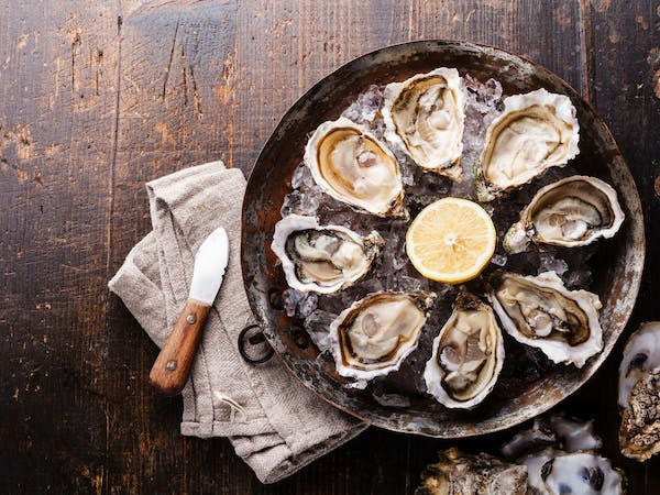 The Ultimate $1 Oyster Guide, Spring 2017