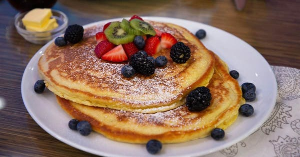 Best places to grab breakfast, according to Al Roker and People