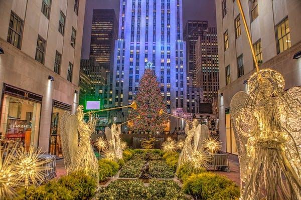 The Best Restaurant Near Rockefeller Center Christmas Tree