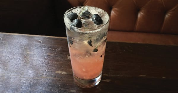 Tom Coughlin Collins cocktail