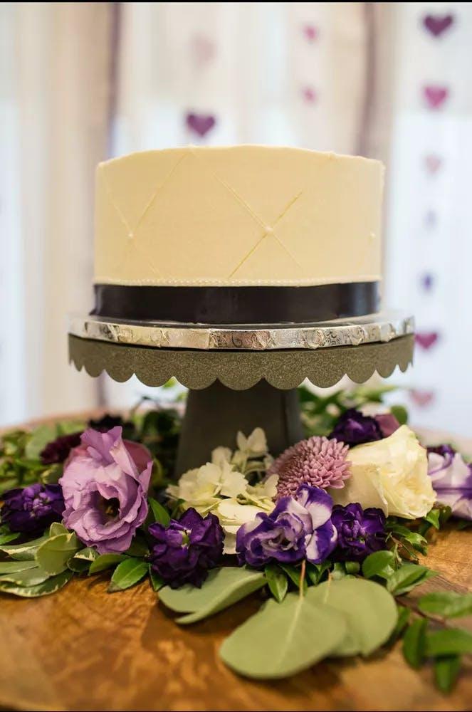 Wedding Cakes | Main Street Café & Bakery