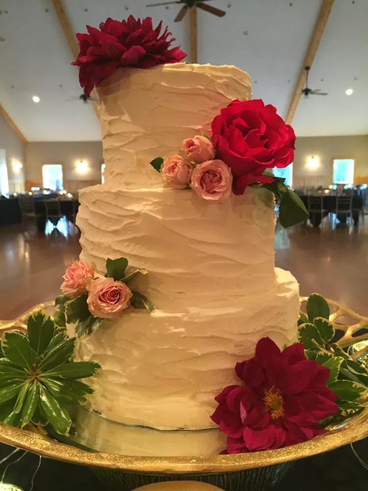 Wedding Cakes Main Street Cafe Bakery