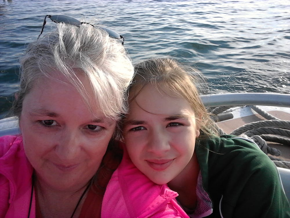 Bea and Stefanie on the boat.