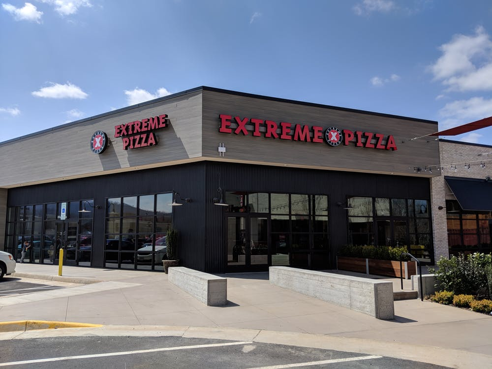 Exterior of Extreme Pizza